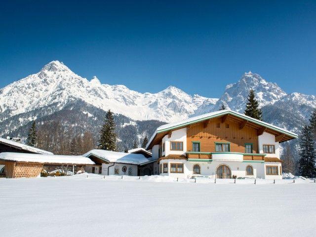 Appartements Simair im Winter St. Ulrich a. P.