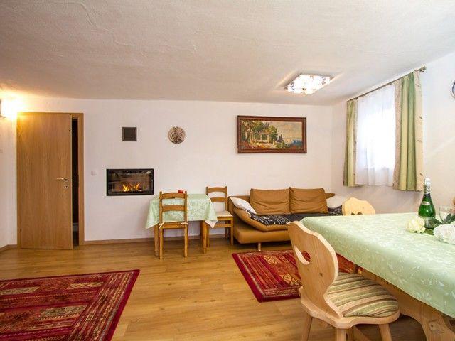 Wohnzimmer - Gerti´s Ferienwohnungen in Hochfilzen