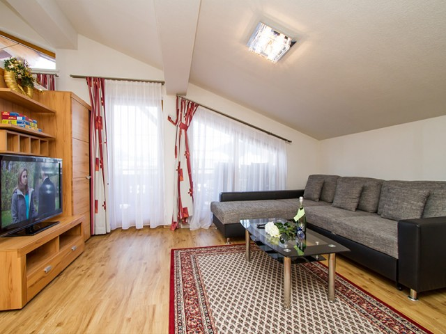 Wohnzimmer - Gerti's Ferienwohnungen in Hochfilzen