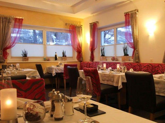 hotel-almrausch-restaurant-01.jpg