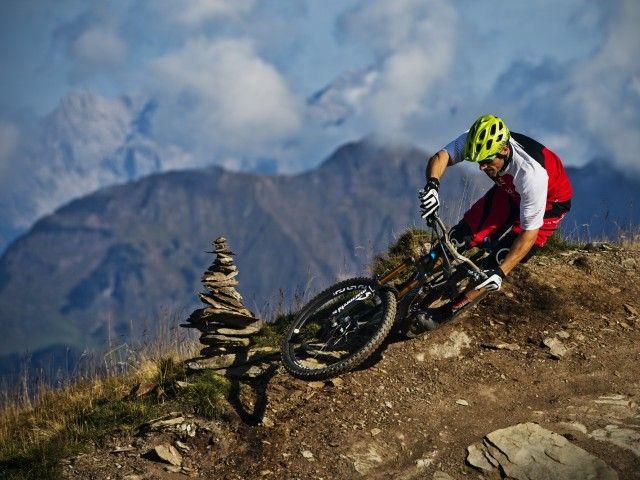 RS4412_2014_Bike_Tibor Simai_c_Nathan Hughes (29)-