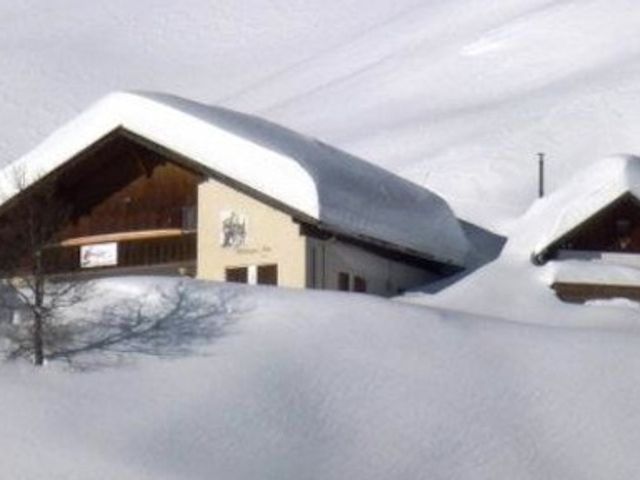 hoettingeralm-huette-winterurlaub.jpg