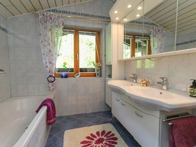 Badezimmer Grabenhütte