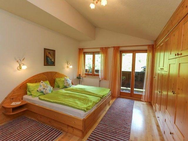 Schlafzimmer Grabenhütte