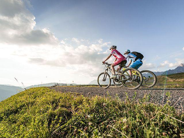 mountainbiken.jpg