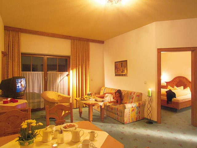 hotel-lofer-3.jpg