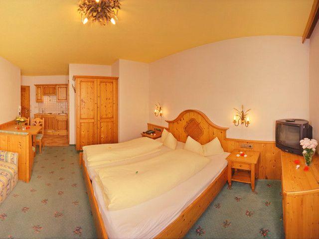 hotel-lofer-1.jpg