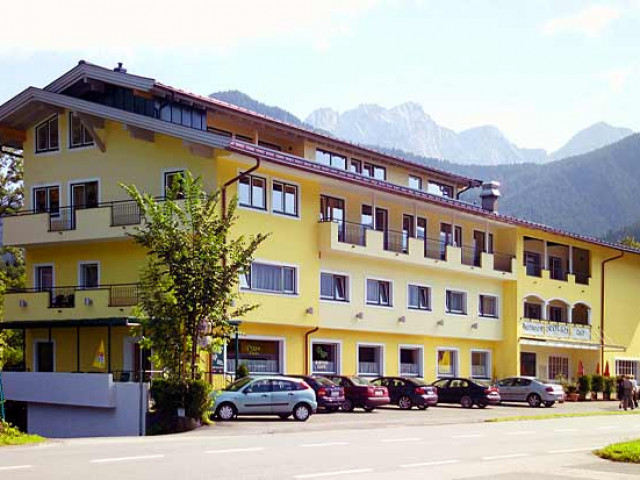 hotel-lofer-8.jpg