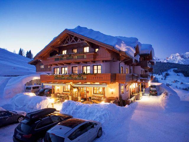 Handlerhof-Haus-Winter-(2).jpg