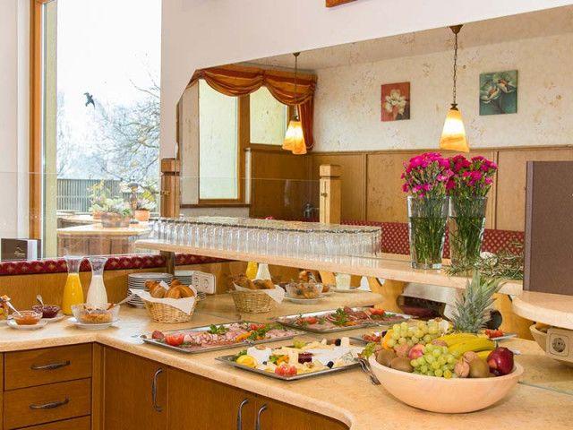 Unterkunft mit Frühstück oder Halbpension