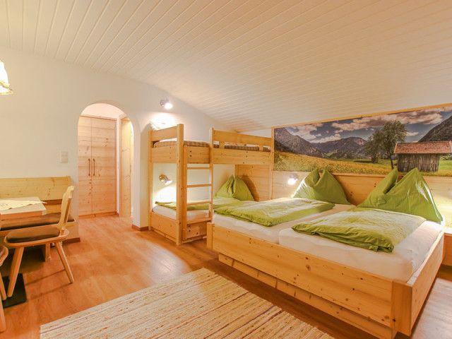 Hotel-Unken-Zimmer.jpg