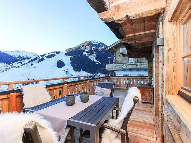 winterurlaub-chalet-saalbach.jpg