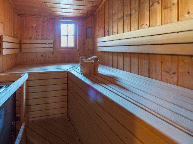 Sauna_Chalets_2.jpg