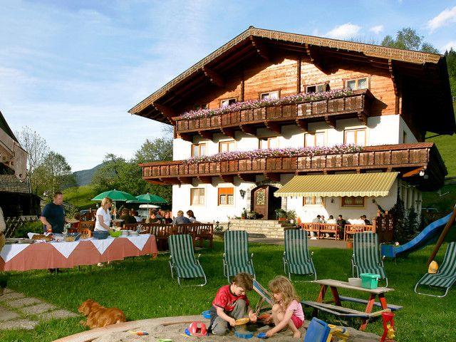 pension-hotel-ötzmooshof.jpg
