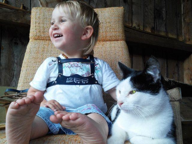 Biohof Maurachgut-Bauernhofurlaub-Kinder-Katze str