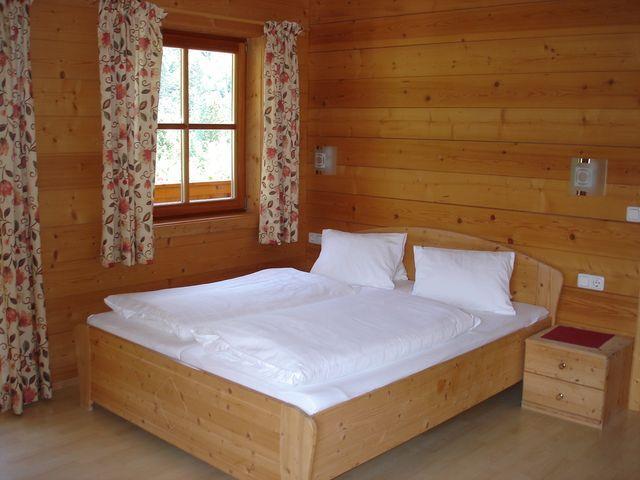 Ferienwohnung-Schlafzimmer.JPG