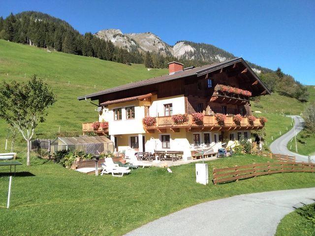 bio-bauernhof-unterviehhausbauer-sommer-aussen