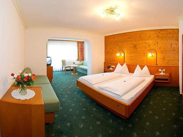 Panoramazimmer-Hotel-Rattersberghof.jpg