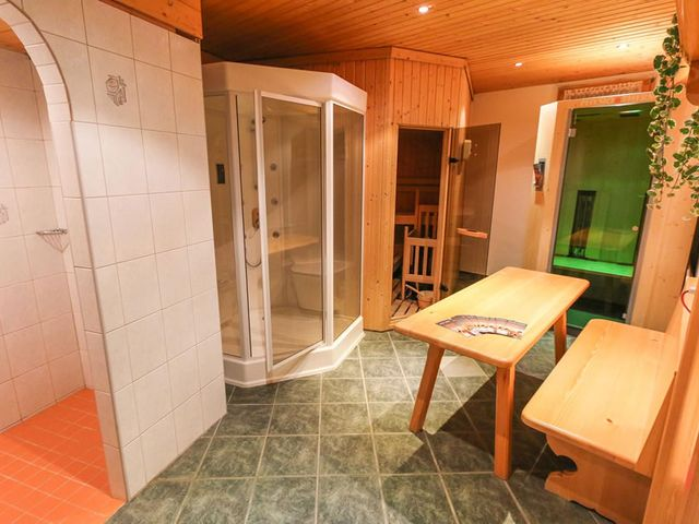 hotel-weissbach-zimmer-winter-8.jpg