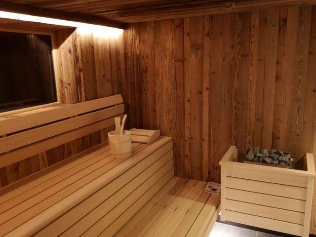sauna-sinnlehenalm-saalbach-huettenurlaub.jpg