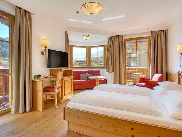 familienurlaub-hotel-kristall-Grossarl.webp