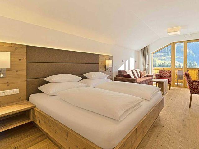 hotel-grossarl-studio.jpg
