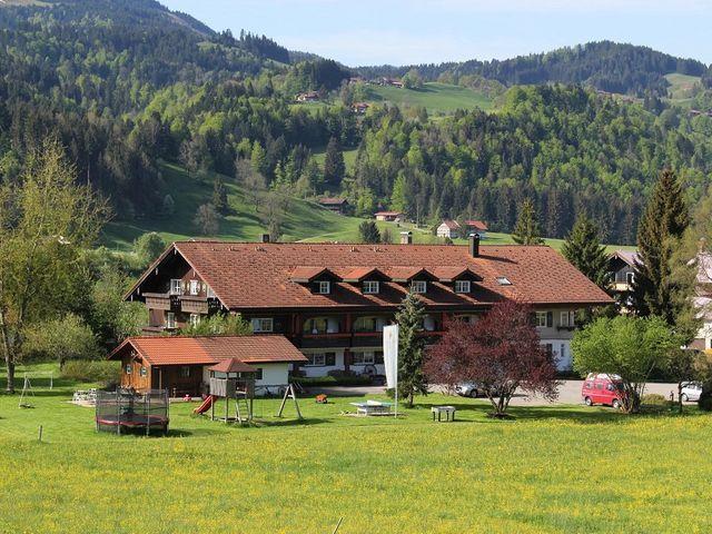 familienurlaub-hotel-muehlenhof-allgaeu.jpg