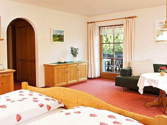 zimmer-mit-fruehstueck-hotel-muehlenhof.jpg