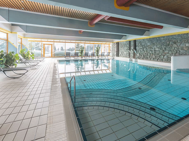 hotel-pool-wellnessurlaub-turracher.png