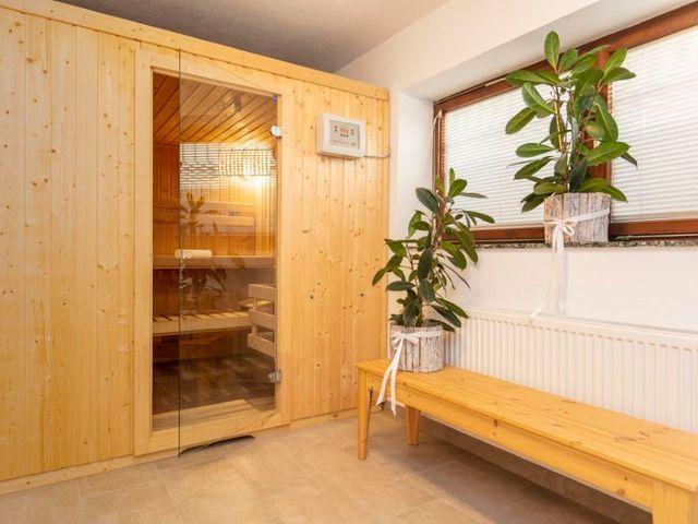 sauna-wellness-lofer.jpg