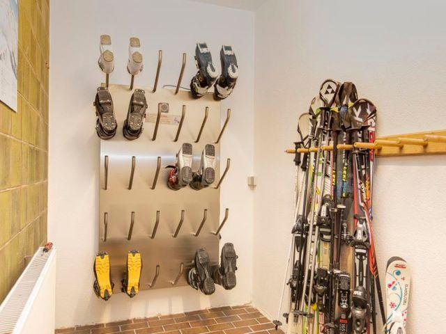 skikeller-lofer-ski.jpg